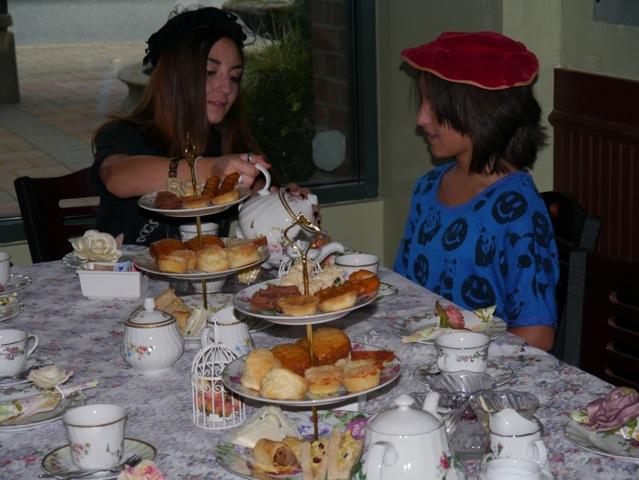 Cederberg Tea House girls tea