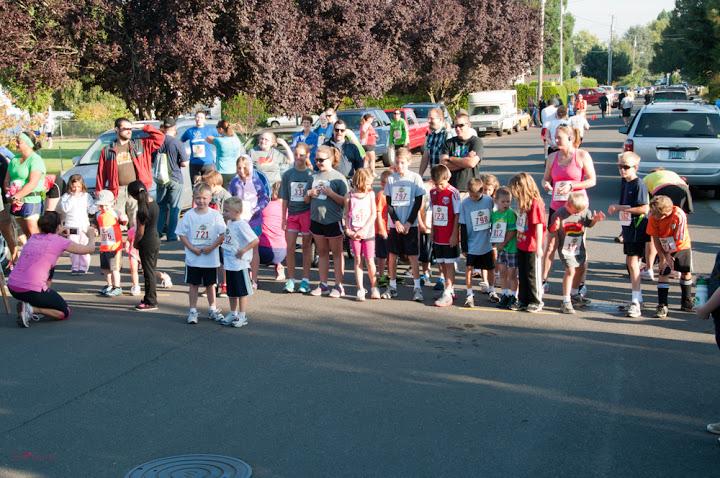 oktoberfest-road-race-kids-running