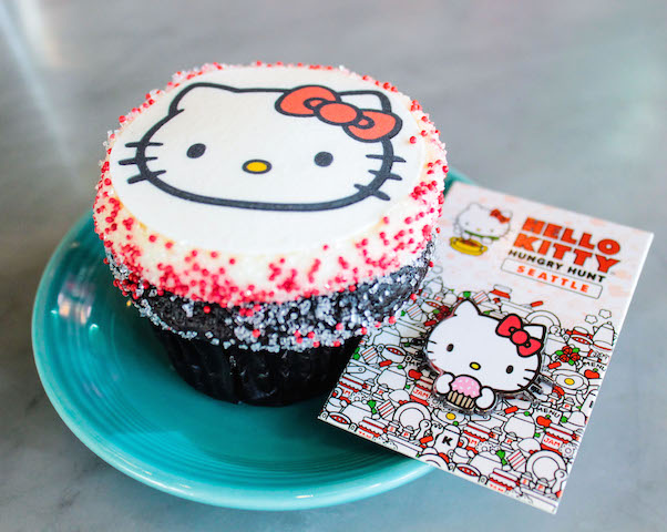 Hello Kitty Hungry Hunt Seattle Trophy Cupcakes & Party