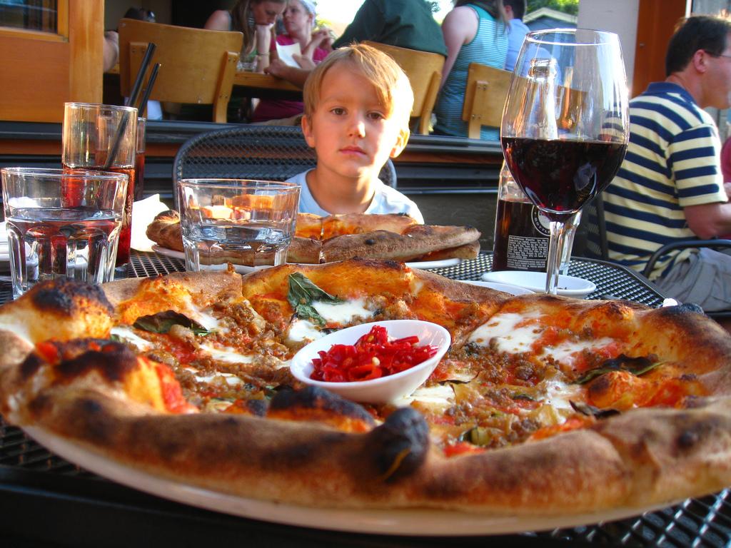 Kens Artisan Pizza-eyeliam-flickr