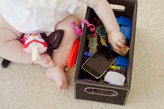 Independent Play: Busy Boxes for Babies & Toddlers